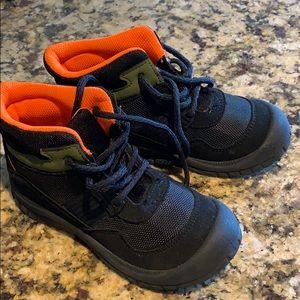 OshKosh lil boys boots